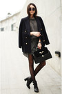 Boots-sweater-blazer-bag-skirt