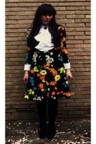 black Vintage 1990s boots - black vintage 1970s dress