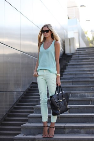 Michael Kors watch - Zara jeans - Phillip Lim bag - Desordre sunglasses