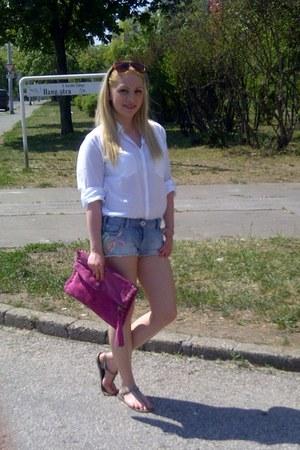 sky blue floral print River Island shorts - white comfy Primark shirt