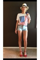American Apparel t-shirt - Forever 21 shorts - EricMichael wedges