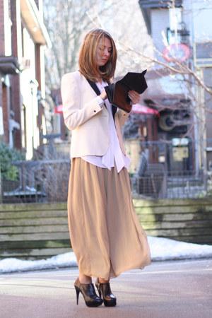 black platform Zara heels - white tuxedo Zara blazer