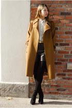 camel Yves Saint Laurent coat - black vintage shorts - black Zara boots - ivory
