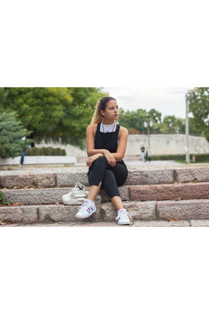 Stradivarius necklace - DressLink panties - Adidas sneakers