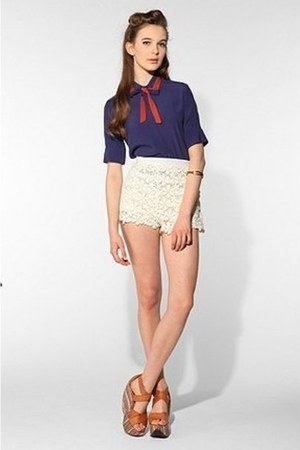 ivory Urban Outfitters shorts - navy Urban Outfitters blouse