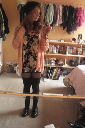 doc martens boots - H&M hat - socks - cardigan - light pink wilfred t-shirt