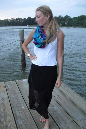 blue floral Charlotte Russe scarf - tank-top Fever shirt