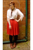 green vintage scarf - white Zara blouse - red vintage skirt