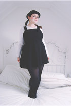 black bowler hat Ebay hat - white long sleeved Primark top