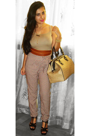 Topshop bag - new look heels - dark khaki Forever 21 top - brick red H&amp;M belt - 