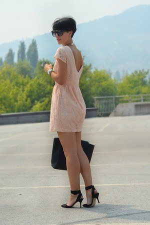 H&amp;M dress - Zara shoes - wwwvj-stylecom bag - wwwoasapcom sunglasses
