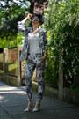 Frontrowshop-blazer-zerouv-sunglasses-frontrowshop-pants
