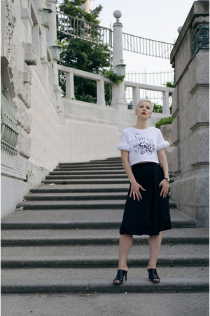 Daniela DAmico top - Front Row Shop shoes - romwe pants