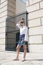 Deichmann-shoes-h-m-shirt-topshop-skirt