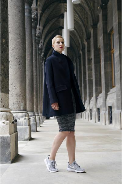 Forever-21-dress-h-m-trend-coat