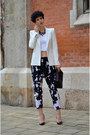 Zara-blazer-rockspapermetal-necklace-zara-pants