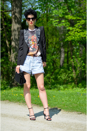 Sheinside blazer - Zara shoes - H&amp;M shoes - Levis shorts - zeroUV sunglasses