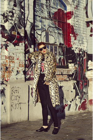 Sheinside coat - Choies shoes - zeroUV sunglasses - OASAP sweatshirt
