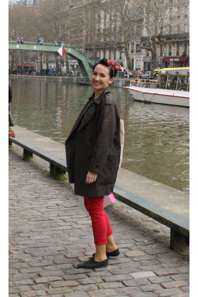 red Pimkie jeans - dark green Mango coat - red Sfera scarf
