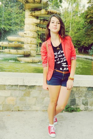black KWoman t-shirt - red H&M blazer - navy denim Marais shorts