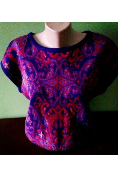 maroon Jeanne Pierre top