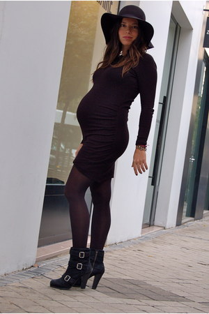 Mango dress - Zara boots - H&M hat - H&M tights
