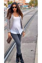 Zara jacket - Zara boots - Bimba & Lola bag - Ray Ban sunglasses - Zara t-shirt