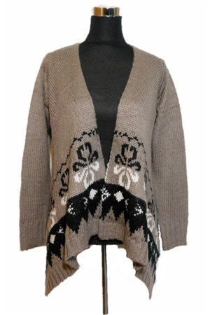 BellDora sweater