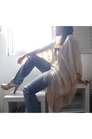 silk Zara dress - MOfficer jeans - Emporio Naka heels