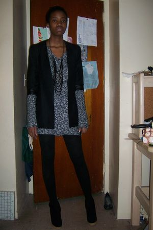 black Urban Outfitters boots - black Forever 21 blazer - gray H&M sweater - H&M