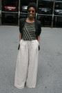 Forever21-blazer-h-m-shirt-urban-outfitters-sunglasses-mango-pants