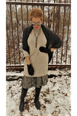 silver metallic LuLa Roe skirt - heather gray sweater banana republic dress