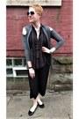 Black-boho-tunic-anthropologie-top-black-culotte-everlane-pants