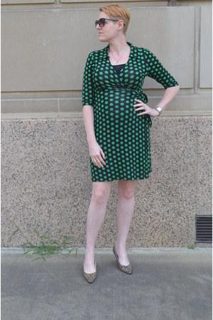 green polka dot Le Tote dress - black knit modcloth dress
