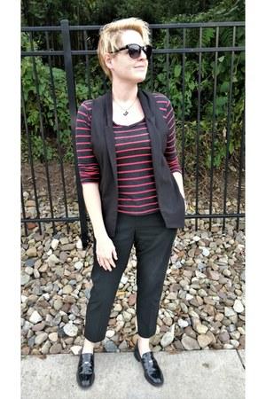 black open-front zar vest - burnt orange Style Mint t-shirt - black Uniqlo pants
