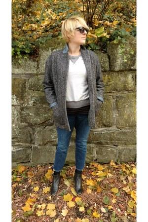 black oversized Gap blazer - blue cropped Anthropologie jeans