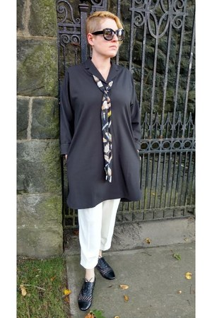 black smock everlane dress - cream Zara pants - black mesh Sole Society loafers