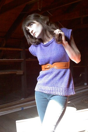 purple Jantzen sweater