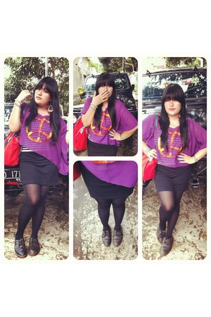 purple peace Eclectic Eve top - black 4 hole Dr Martens shoes