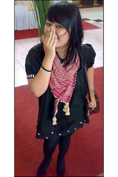 Anna Sui dress - moonbeam tights - Adity shoes - from saudi arabia scarf