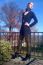 Forever21 shorts - Forever21 leggings - payless boots - payless necklace