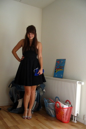 black H&M dress - blue Glitter bag - silver vintage heels