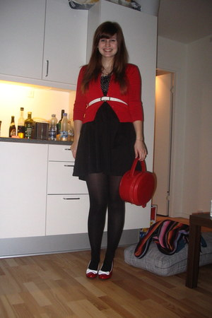 black fishbone dress - red Lola Ramona bag - red 2nd Hand cardigan - red Lola Ra