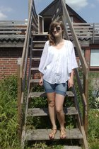 shorts - Vero Moda shirt - vagabond shoes - Tiger sunglasses