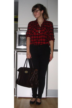 ruby red GINA TRICOT shirt - black GINA TRICOT jeans - black Topshop shoes - dar