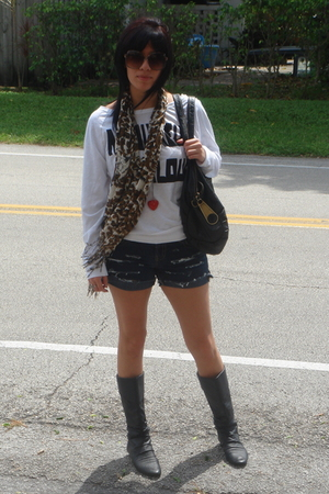 deena and ozzy scarf - Forever 21 shirt - DIY shorts - vintage boots - D&G purse