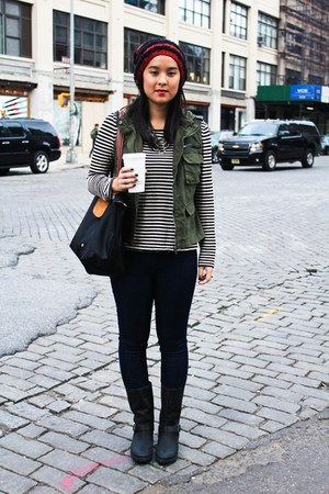BDG vest - sperry boots - knit beanie free people hat