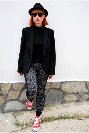 black H&M hat - black Zara blazer - red Converse sneakers