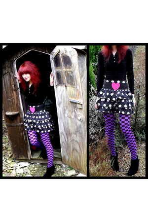 pink Penneys belt - black H&M skirt - purple tights - black boots