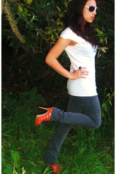 white Zara blouse - pink Zara shoes - gray Zara jeans - white H&M sunglasses